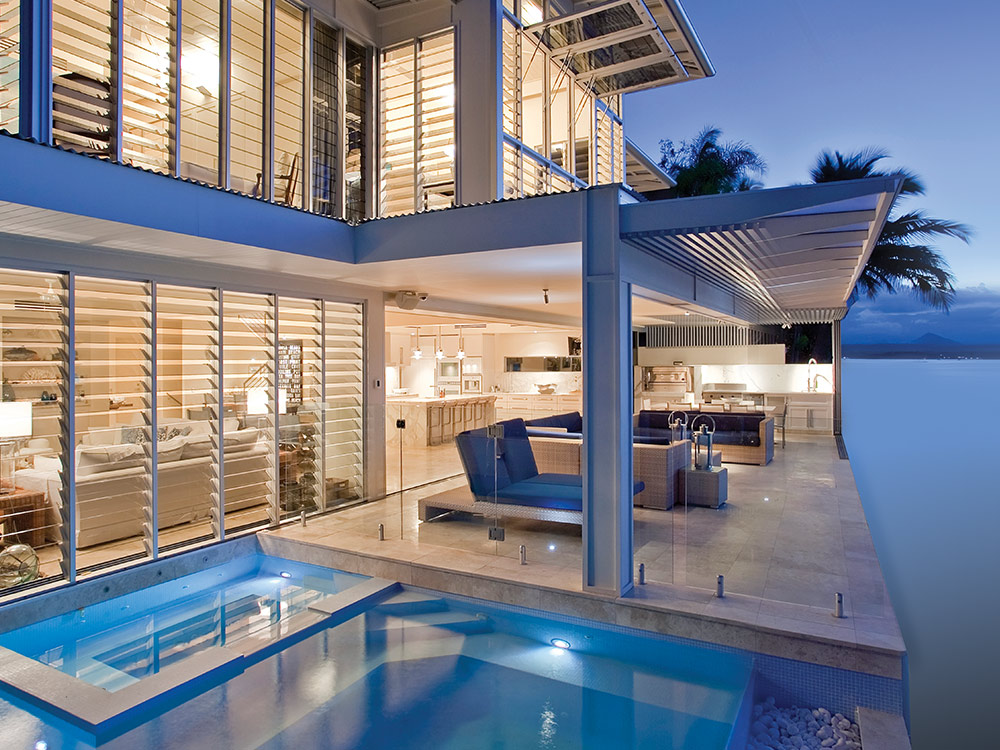 Open wide and provide unobstructed views of pools or beaches