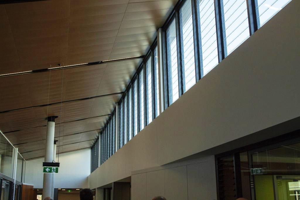 Breezway-Powerlouvres-up-high-can-be-automatically-controlled-through-a-BMS