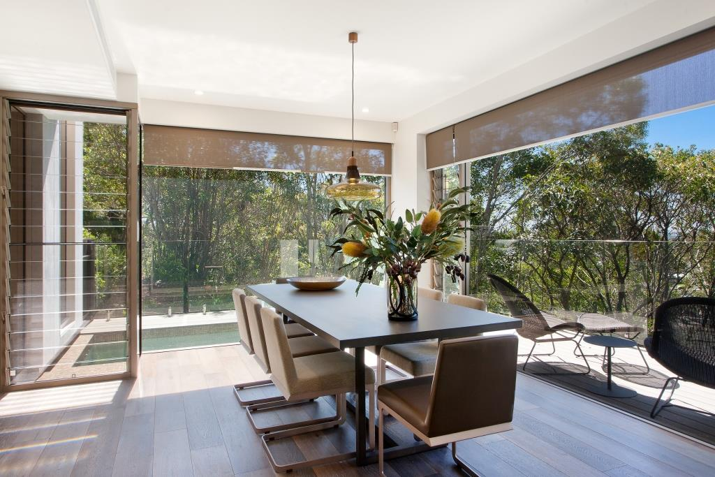Dining-area-with-strategic-placement-of-Breezway-Louvres-for-cross-flow-ventilation