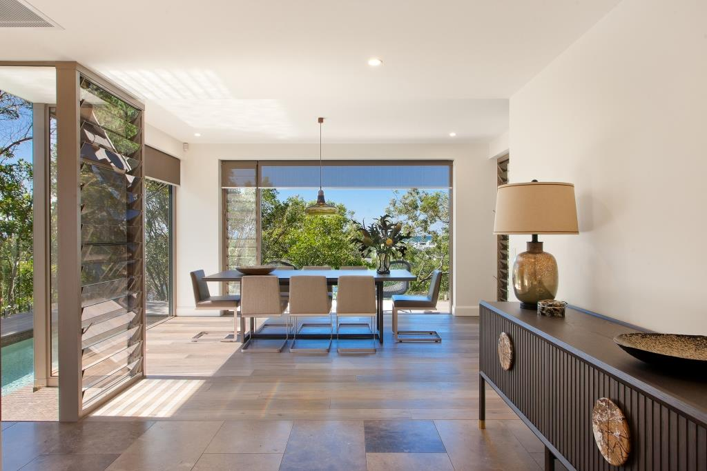 Unique-interior-design-coupled-with-Breezway-Louvres-for-a-luxurious-and-sophisticated-home-environment